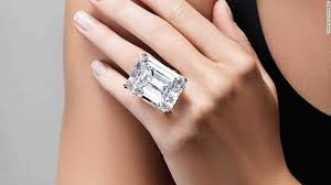 10 karat diamond ring sotheby s 100 carat diamond could fetch 25m cnn