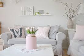 wohnzimmer weiss wohnzimmer weiss mit pastell
