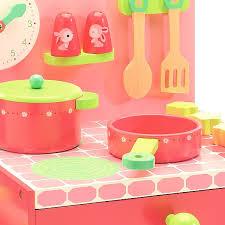 cuisine bois djeco la cuisinière de lili djeco djo6508 jouet djeco cuisine en bois