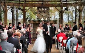 wedding arch rental jackson ms mcclain lodge rustic mississippi wedding venue bridepop