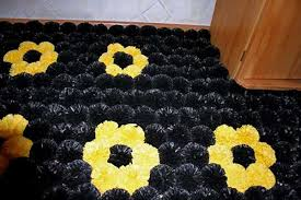 How To Make A Rug From Plastic Grocery Bags Polythene Carpet Bags Carpet Vidalondon