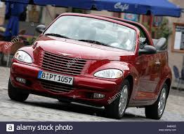 car chrysler pt cruiser convertible 2 4 limited cabrio model