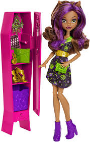 Monster High Halloween Wolf Doll by Amazon Com Monster High Ghoul La La Locker Vehicle With Clawdeen
