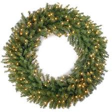 lighted outdoor wreaths