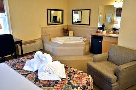 room creative hotels with jacuzzi in room new york good home