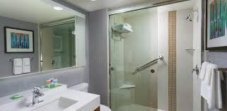 Hyatt Place Austin Downtown Photo Gallery Videos Virtual Tours - The bathroom place