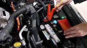lexus is300h usa jumpspower amg6 plus jump start lexus is300h sport 2 5 hybrid