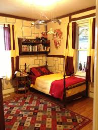 gryffindor bedroom harry potter gryffindor bedroom i m 25 and would still love