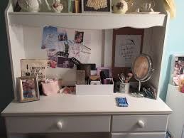 How To Organize My Desk How Do I Organize This Mess My Makeup Storage Louise Blogs