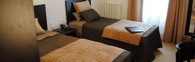 chambre 2 personnes hôtel à vichy chambre 2 personnes avec deux lits de 90 cm