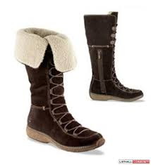 womens boots like timberlands timberland boots size 6 1 2 they fit like 7 my