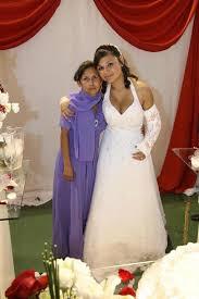 wedding dress cast gipsverband de wedding with a signed arm cast