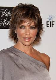 lisa rinna current hairstyle hairstyles lisa rinna short wispy hairstyle sophisticated
