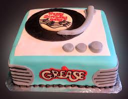 specialty custom cakes sweet somethings desserts