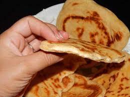 cuisine indienne naan recette indien ou naan au fromage dans votre mettez