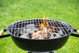 how to light charcoal how to light a charcoal grill without a chimney starter leaftv