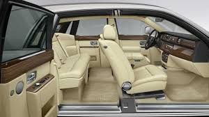 bentley mulsanne limo interior white rolls royce phantom hire herts rollers