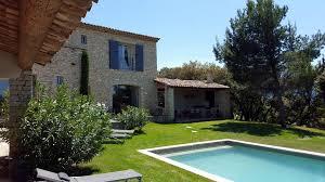 chambre d hote luberon piscine jardin et piscine chauffee 3 les terrasses gordes maison hotes de