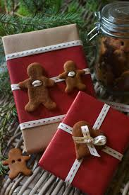 30 great christmas gift wrapping ideas gingerbread gift and