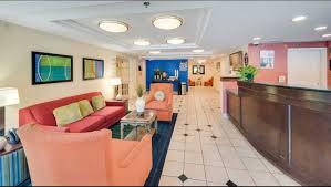 motel 6 milford ct hotel in milford ct 74 motel6 com