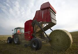 hesston by massey ferguson 2900 series round balers improve baling