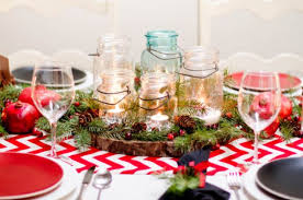 christmas dinner table decorations 5 centerpiece ideas for christmas dinner