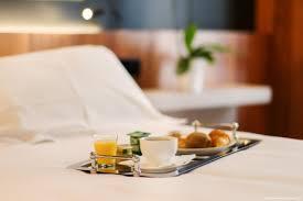 chambre et petit dejeuner hôtel châteaudun opéra photos professionnelles