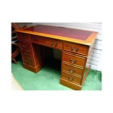 petit bureau bois bureau style victorien petit bureau en bois if de style victorien