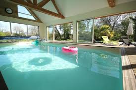 chambre d hote deauville avec piscine grande et maison avec piscine couverte dans les environs de