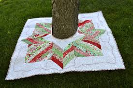 happy quilting joyful jelly roll tree skirt