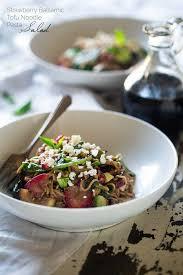 healthy pasta salad with strawberries u0026 balsamic vinaigrette