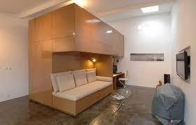 transformer un garage en chambre prix un vieux garage transformé en appartement moderne génial