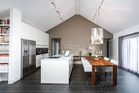küche mit esstisch küchenblock mit tisch ambiznes