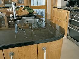cuisine et plan de travail meuble avec plan de travail cuisine je trouve le rendu plutot