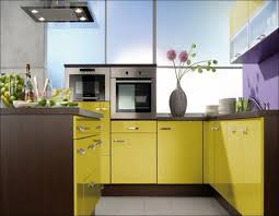 Cabinet And Countertop Combinations Kitchen Country Kitchen Colors Light Kitchen Colors Kitchen