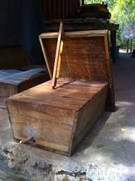 Harvesting Honey From A Top Bar Hive Types Of Hives Successful African Beekeeping