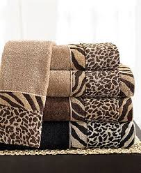 Animal Print Bathroom Ideas by Best 20 Animal Print Decor Ideas On Pinterest Cheetah Living