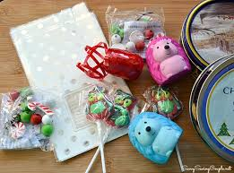 christmas goody bags classmate christmas party favor bags on the cheap orientaltrading