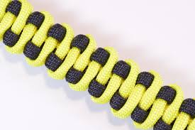 paracord bracelet styles images How to make the quot slithering snake quot paracord survival bracelet jpg