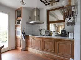 moderniser une cuisine relooker une cuisine rustique maison travaux