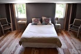 chambre à coucher ancienne maison moderne maison ancienne rénovée déco récup et mélange de