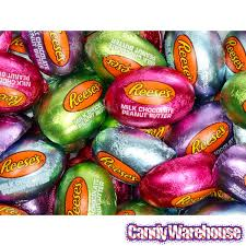 reese easter egg reese s mini chocolate easter eggs candy 50 bag