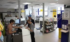 bureau laposte un nouveau concept pour le bureau de poste castres soult 05 07