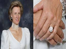 kate s wedding ring kate middleton engagement ring beautiful see the royal family s
