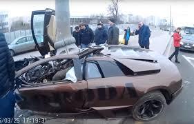 lamborghini crash mirtinas u201elamborghini u201c skrydis maskvoje mma kovotojo bolidas