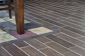 flooring tile that looks like wood floor tiles flooring