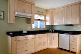 kitchen with light maple cabinets kitchen backsplash ideas for light maple cabinets maple