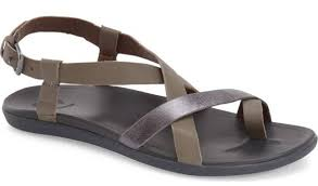 Most Comfortable Flip Flops For Women 10 Of The Most Comfortable Walking Shoes For The Stylish Woman