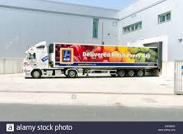 volvo truck store aldi supermarket delivery trailer and volvo truck on m25 motorway