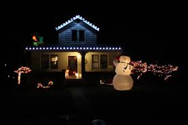 pyramid hill christmas lights christmas lights around cincinnati